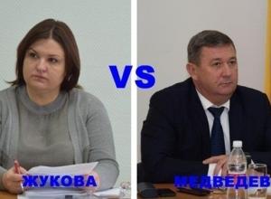 Голосование: кто «главнее» в Шахтах – глава города или сити-менеджер