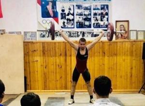 Областной турнир имени легендарного тяжелоатлета Ивана Удодова прошел в Шахтах