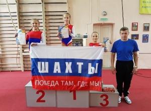 Шахтинки заняли весь пьедестал в соревнованиях по акробатике «Олимпийские надежды»
