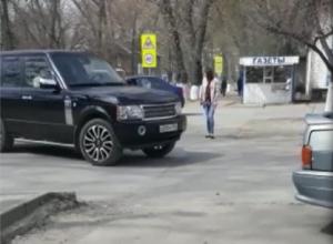 Сложный перекрёсток существует в посёлке Майский в Шахтах