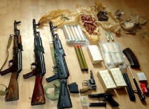 Жителям Шахт  за деньги предлагают сдать незаконное оружие