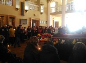 Последние аплодисменты в честь зверски убитой шахтинской актрисы не смолкали 15 минут