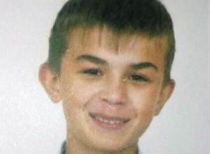 В Шахтах разыскивают 16-летнего светловолосого парня