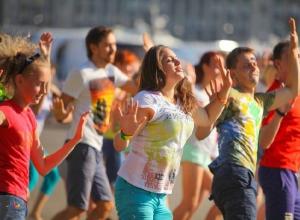 Спортивным флешмобом и соревнованиями отметят в Шахтах День физкультурника