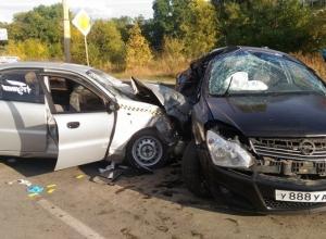 Погибла молодая женщина в страшном ДТП на «дороге смерти» в Шахтах