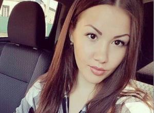 Страшные травмы получила 22-летняя шахтинка, врезавшаяся в дерево