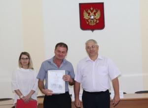 Шахтинцы Игорь Леонов и Алексей Соломкин награждены в честь Дня строителя