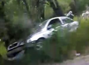 Большая авария произошла на дороге «Центр - посёлок Артем» в Шахтах