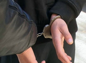 С большой партией наркотиков задержан 30-летний шахтинец