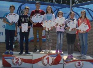 Всего 19 наград завоевали на открытом первенстве 7 пловцов из Шахт