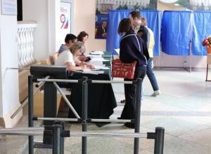 Более сотни избирательных участков закончили свою работу в Шахтах