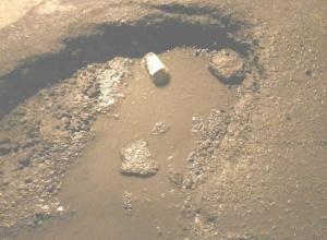 За час в яму на Сквозном в Шахтах попало три машины