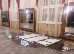 В холоде и сырости занимаются дети в ГДК в Шахтах