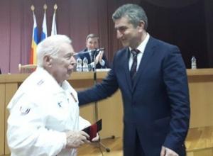 Шахтинцу Виктору Дорохину присвоено звание «Заслуженный тренер России»