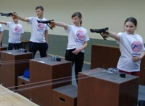 Шахтинцы стали призерами открытого первенства по стрельбе из пневматического оружия в Краснодаре