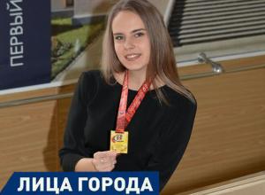 Хрупкая шахтинка стала чемпионом областных соревнований по троеборью