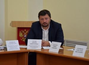 «Вотум недоверия» объявили шахтинские депутаты председателю комитета по градостроительству