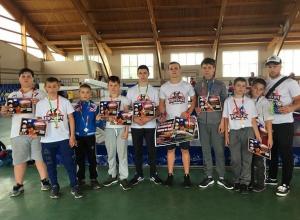 Весь пьедестал заняли кикбоксеры из Шахт на всероссийском турнире в Кашарах