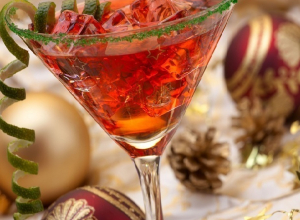 ТОП-5 самых популярных видов коктейлей для новогоднего вечера