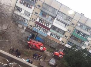 На проспекте Ленинского Комсомола в Шахтах произошел пожар