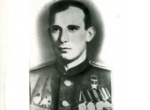 Шахтинцы-герои: Михаил Орлов совершил 475 боевых вылетов