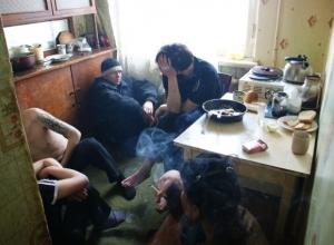 В Шахтах на Машзаводе «накрыли» наркопритон