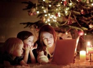 ТОП-10 книг для чтения вслух, которые создадут новогоднее настроение