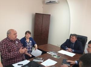 Шахтинцы после приема у сити-менеджера: «Медведев не заинтересован в решении нашего вопроса»