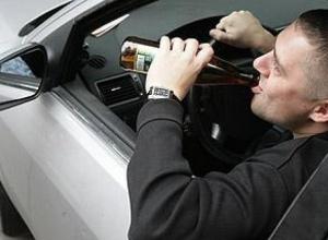 Пьяного и лишенного прав 27-летнего водителя задержали в Шахтах