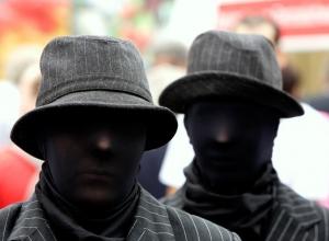 Двое шахтинцев избили и ограбили жителя Новочеркасска на тысячу рублей