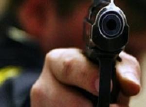 Пьяный хулиган открыл стрельбу и ранил случайного прохожего в Шахтах