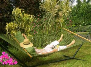 Самые популярные места для летнего отдыха попросили назвать жителей Шахт