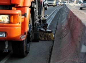 На уборку дорог и тротуаров в Шахтах потратят почти пять миллионов рублей