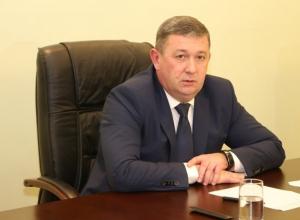 В Шахтах глава администрации Игорь Медведев подал в отставку