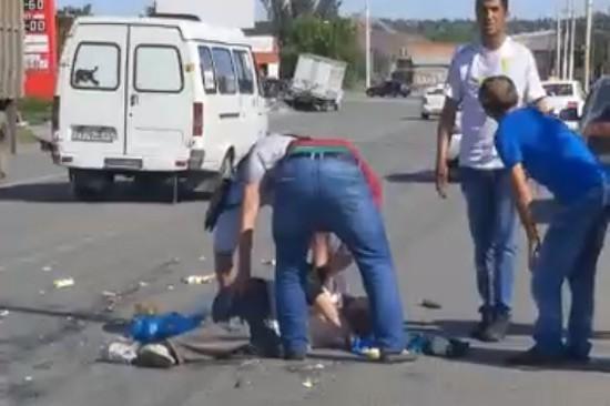 В Шахтах прямо на пешеходном переходе сбили человека