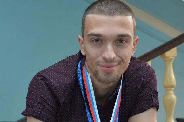 Шахтинский легкоатлет завоевал 2 серебряные медали