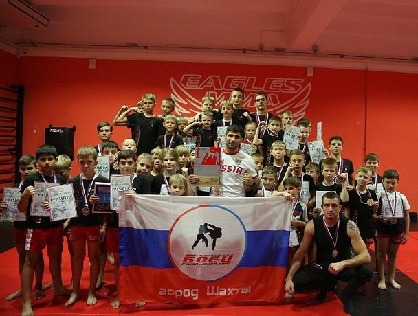 Первое место в общекомандном зачете и 32 медали взяли бойцы из Шахт на «Кубке Лиги Наций»