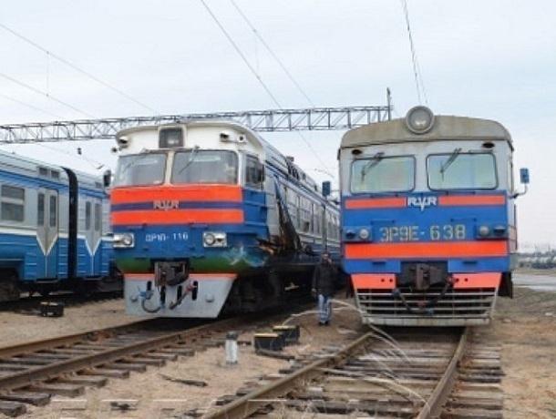 В Шахтах на Пасху поезд сбил  женщину