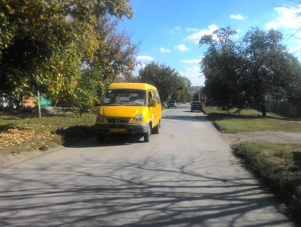 Около школы в Шахтах под колеса «Хендая» попал 12-летний мальчик