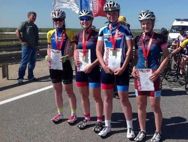 Шахтинские велосипедистки взяли «бронзу» на Спортивных играх молодежи
