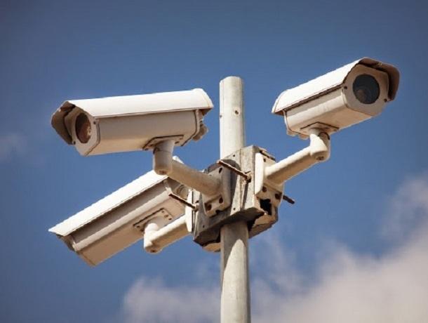 Более 200 протоколов на 860 тысяч рублей штрафов составлено в Шахах с помощью передвижной видеокамеры