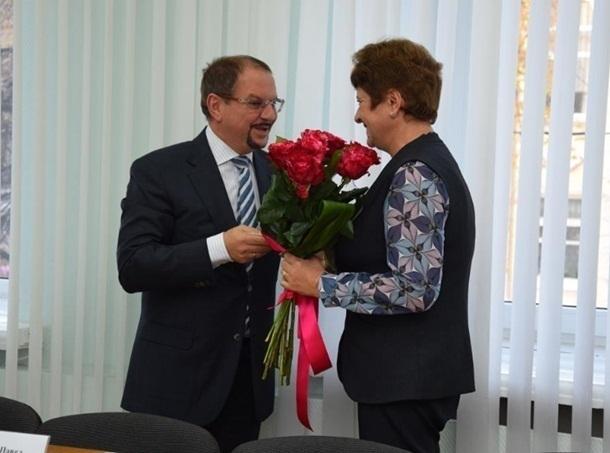 На должность директора школы №41 в Шахтах предложили депутата и предпринимателя Аркадия Гершмана