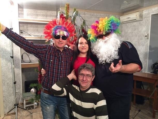 Слепой певец поздравил шахтинцев с Новым годом забавным видео