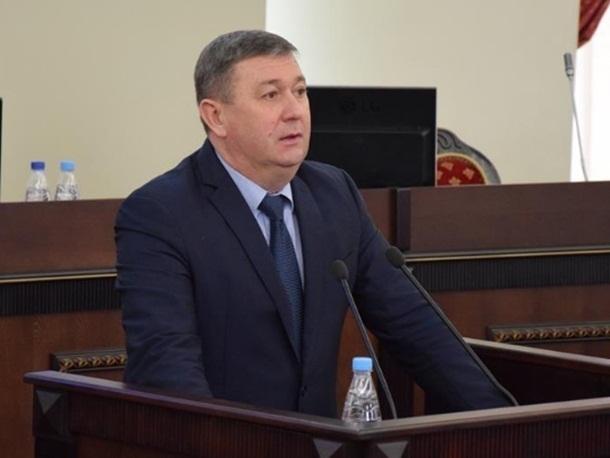 Шахтинскому сити-менеджеру вернули первого зама и расширили штат