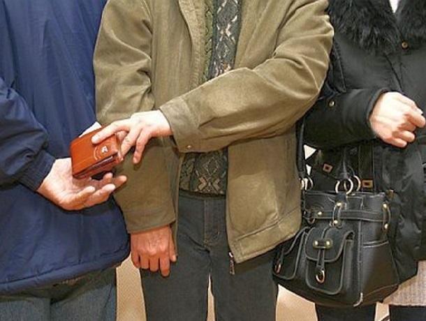 Как орудуют «карманники» и воришки рассказали жителям Шахт