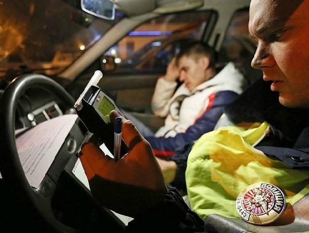 Первый летний «улов»  из 9 нетрезвых водителей получили полицейские в Шахтах