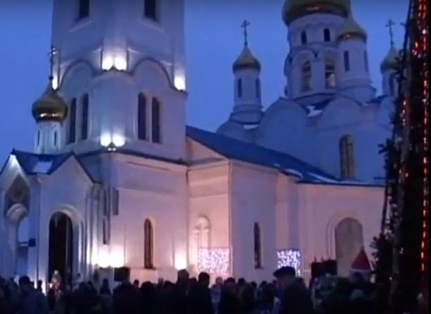 Шахтинцев приглашают увидеть «Свет рождественского чуда»