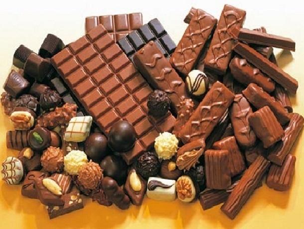Шоколадки и десять упаковок конфет «Мерси» выкрал из магазина 23-летний шахтинец