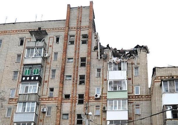 Пострадавший от взрыва подъезд соседней пятиэтажки на Хабарова скоро будет готов к заселению