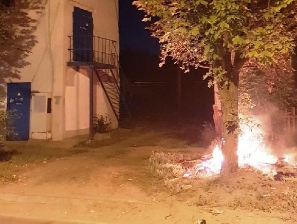 Сразу несколько пожаров вспыхнуло на выходных в Шахтах
